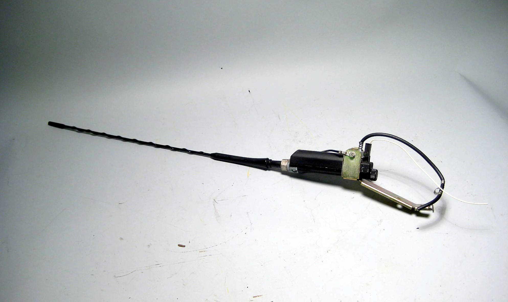 Bmw Z3 E36 Convertible Radio Antenna W Mast 1994 2002 Oem