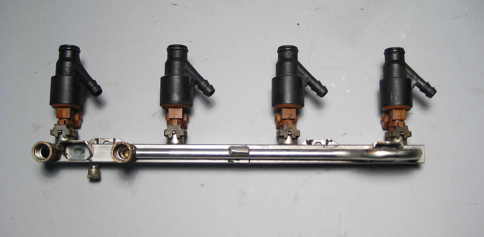 Bmw M44 Fuel Rail W Injectors 1997 1998 E36 318i 318is