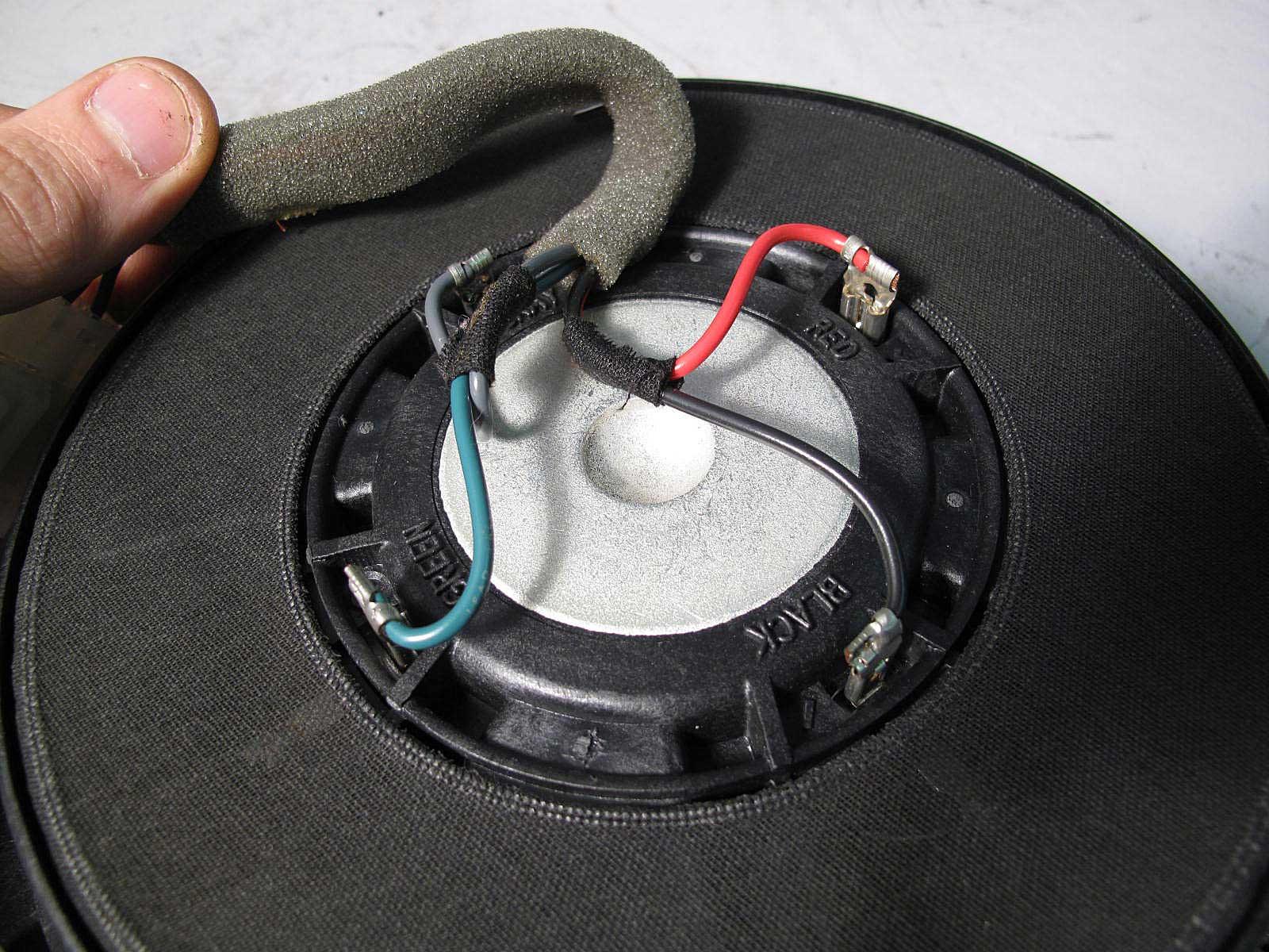 bmw e46 convertible harman kardon hk subwoofer speaker. Black Bedroom Furniture Sets. Home Design Ideas