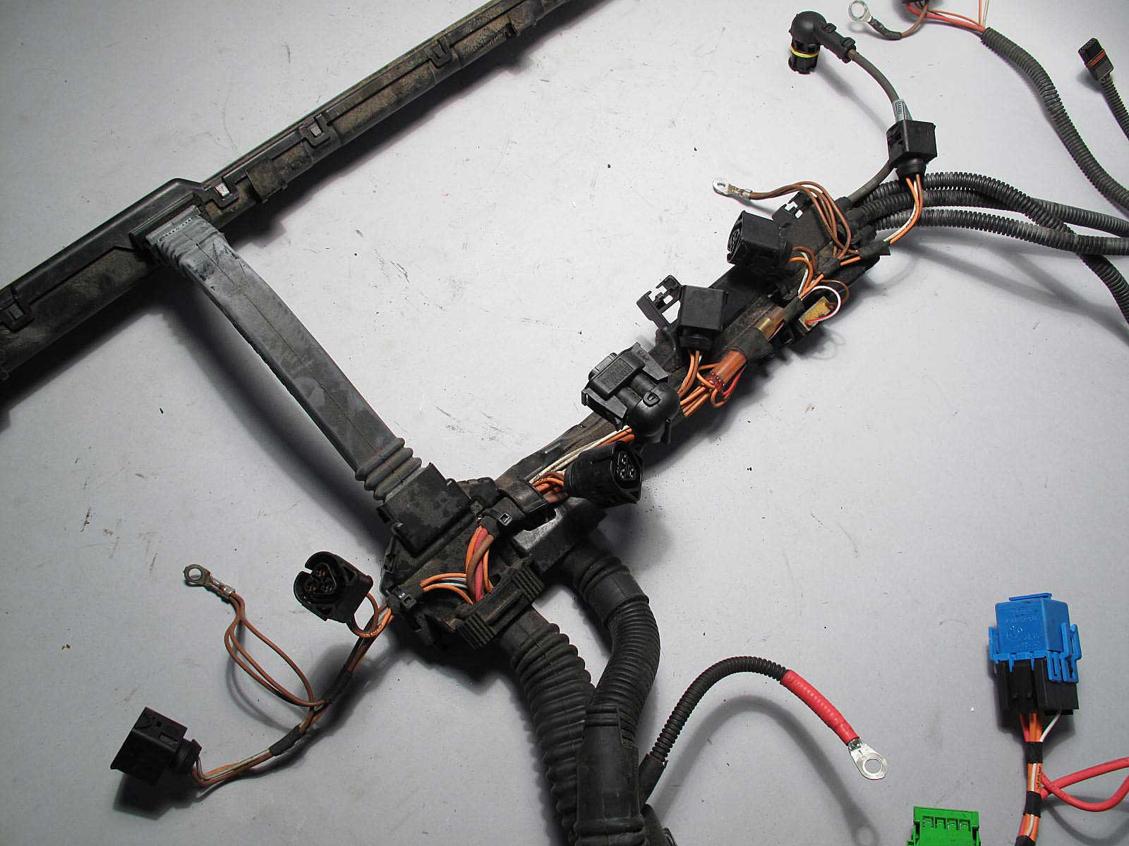 inv_006119_02 bmw n51 n52 n52n 6 cyl engine ignition coil wiring harness 2007  at readyjetset.co