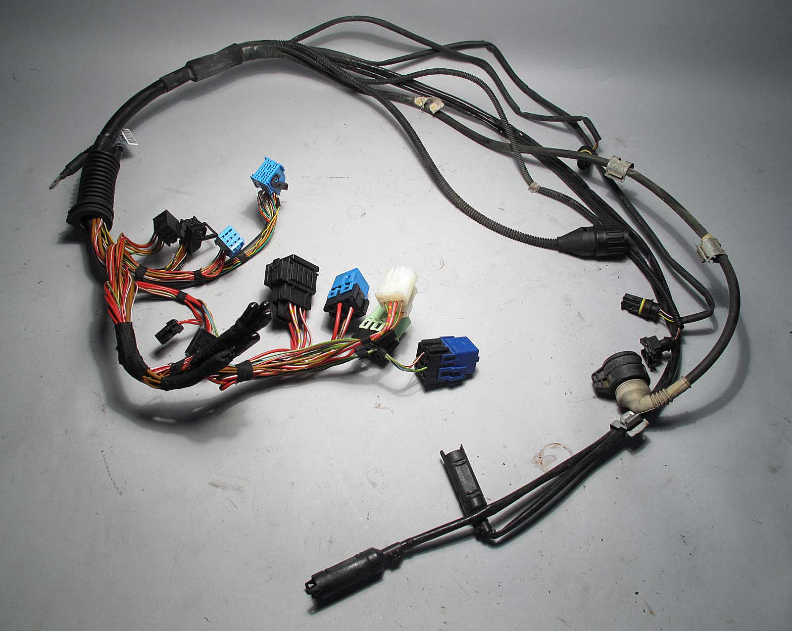 inv_006811 bmw e46 323i 323ci automatic transmission gearbox wiring harness bmw e46 wiring harness diagram at alyssarenee.co