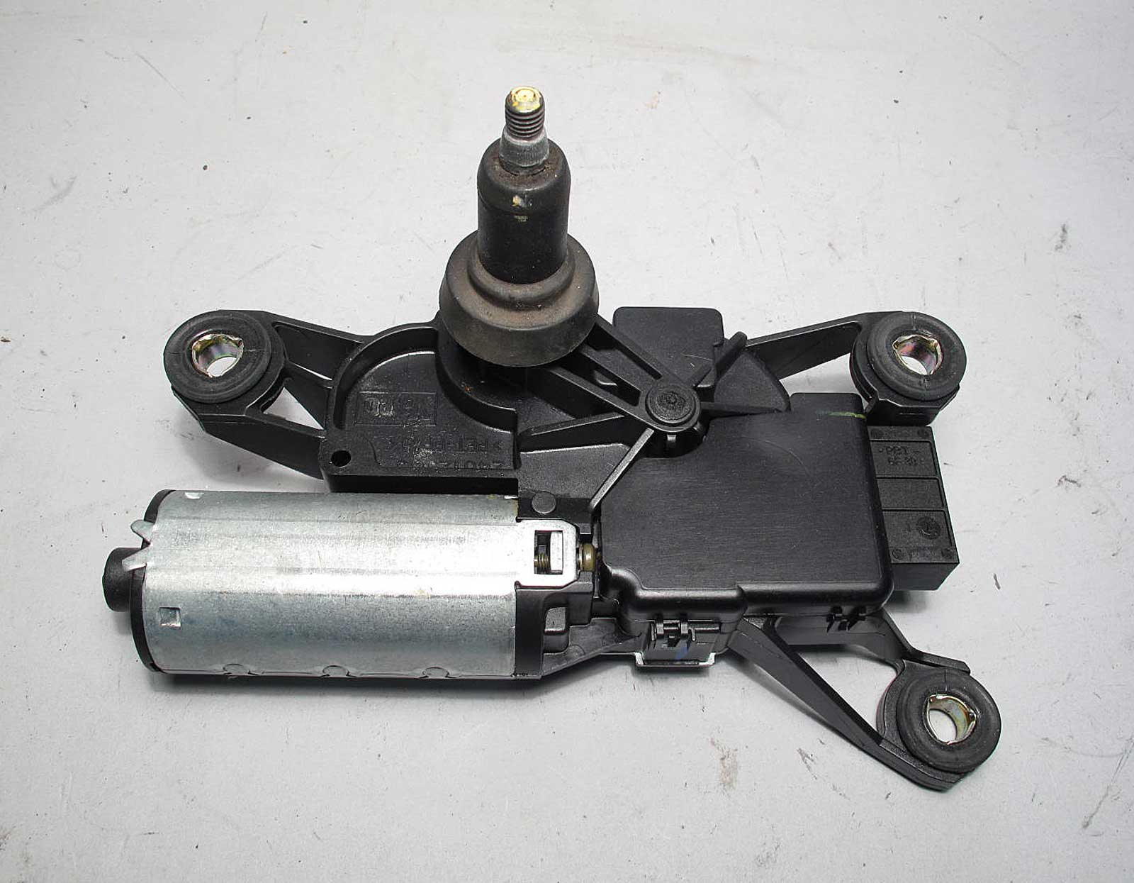 Bmw e53 x5 sav rear window windshield wiper motor 2000 for 2002 bmw x5 rear window regulator