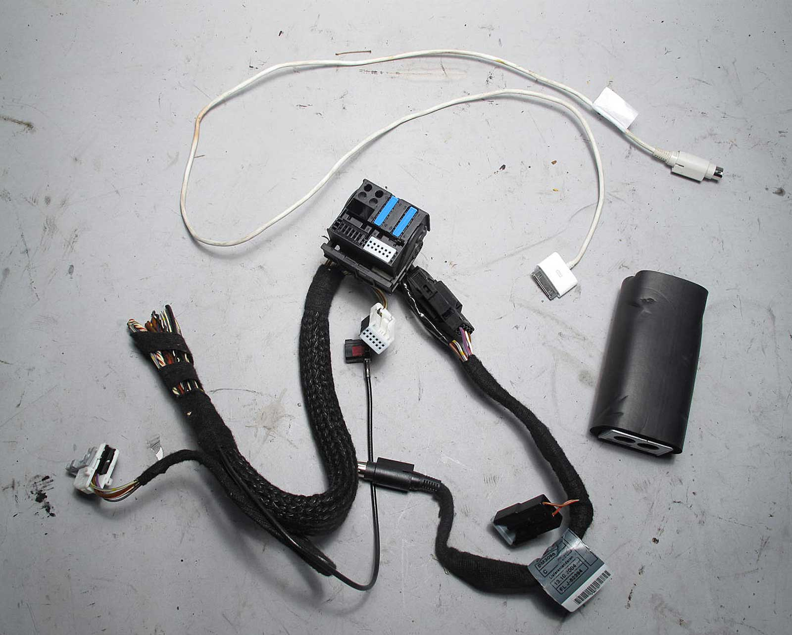 Bmw E53 X5 X3 Z4 Factory Ipod Interface Kit W Wiring