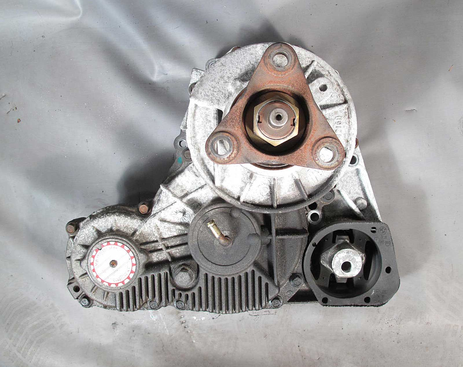 Bmw e46 3 series xi awd 325xi 330xi late model transfer case nv124 the pictures are photos of the actual part you will receive publicscrutiny Gallery