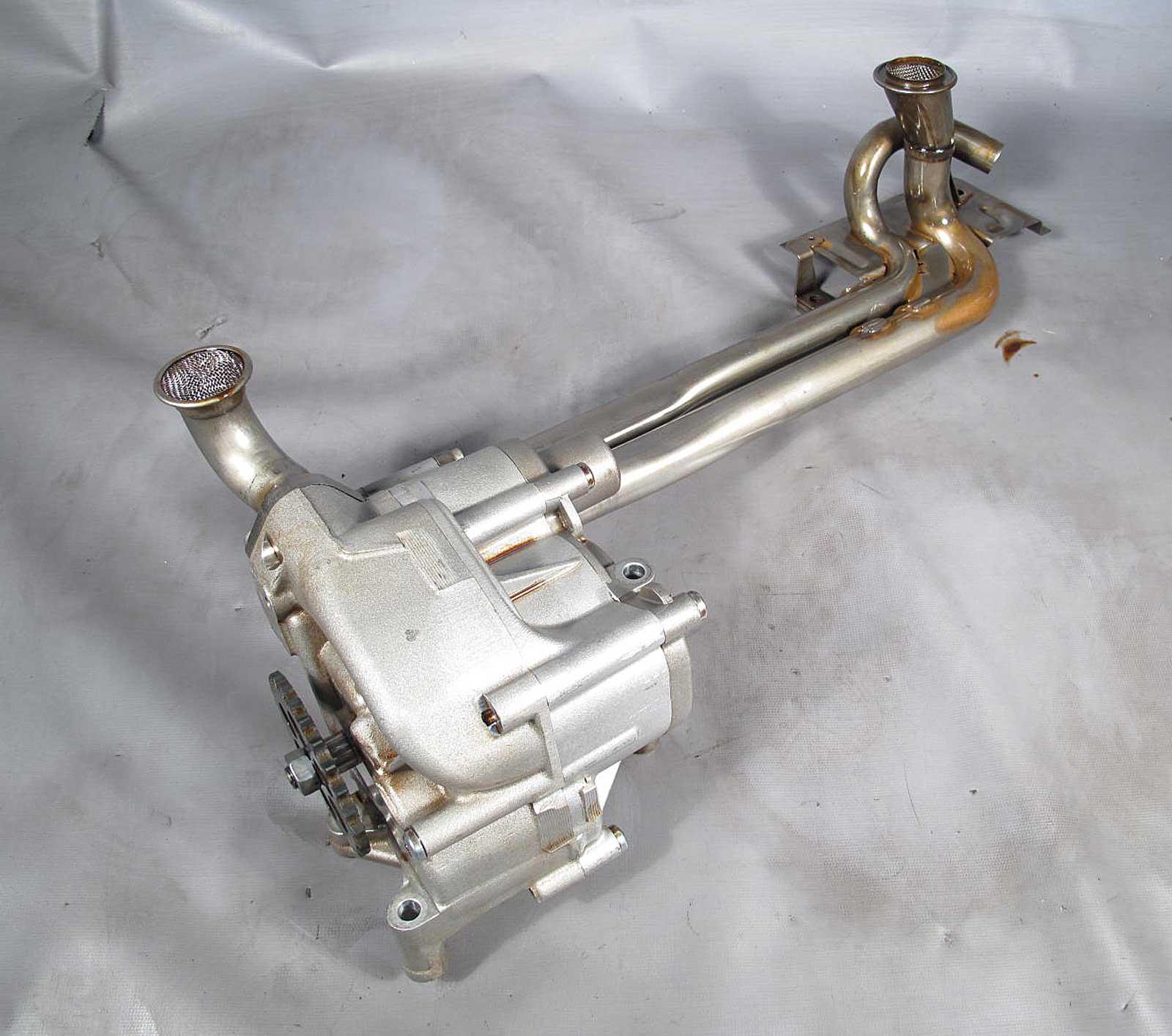 BMW S85 5.0L V10 M5 M6 Main Oil Pump W Sprocket Gear