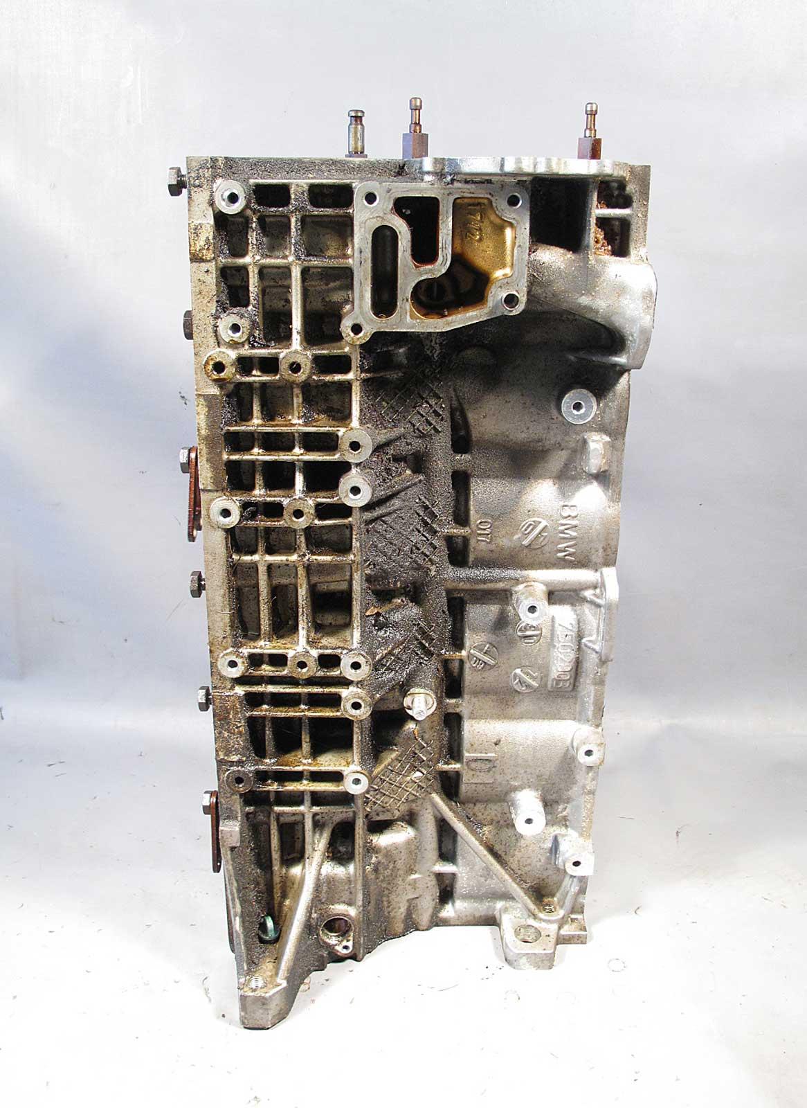 bmw m54 6 cylinder 3 0l engine cylinder block housing bare. Black Bedroom Furniture Sets. Home Design Ideas