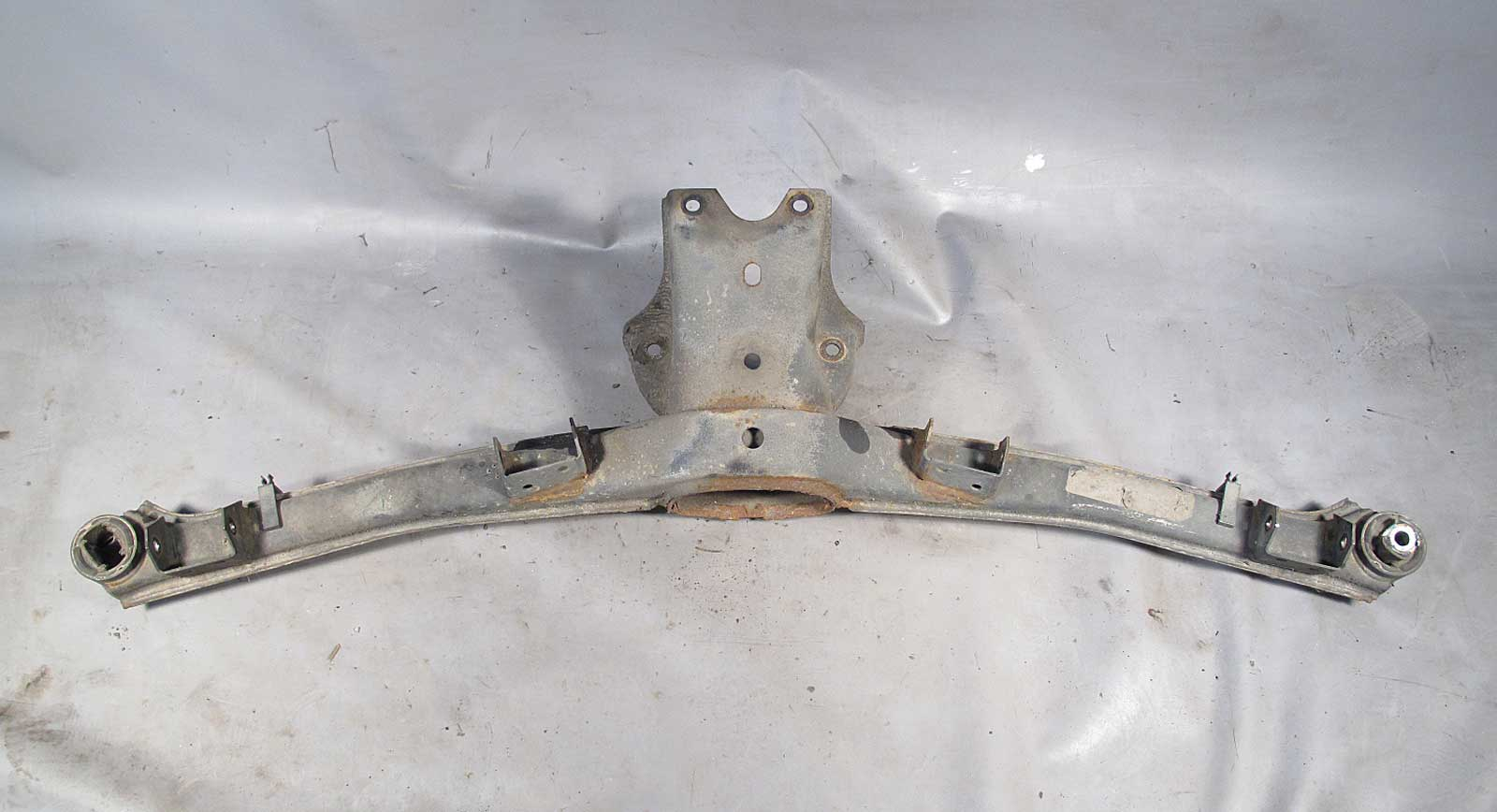 Bmw E30 3 Series Rear Subframe Axle Carrier Cross Member