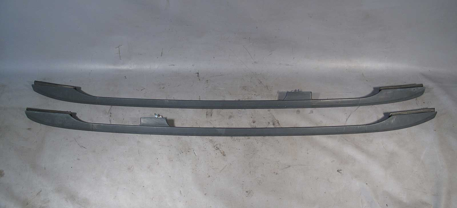 Superior BMW E53 X5 SAV Factory Roof Rack Rail Pair Left Right 2000 2006 USED OEM