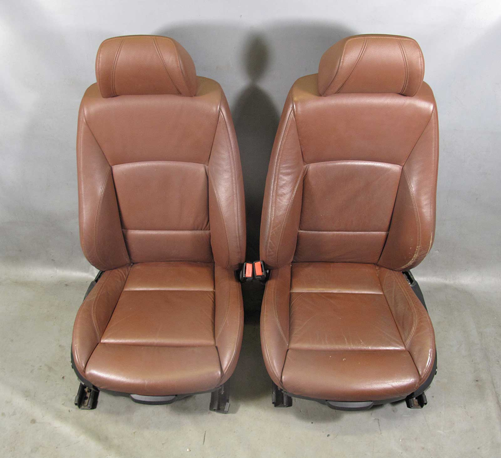 bmw e90 e91 3 series 4dr front sports seat pair terra. Black Bedroom Furniture Sets. Home Design Ideas