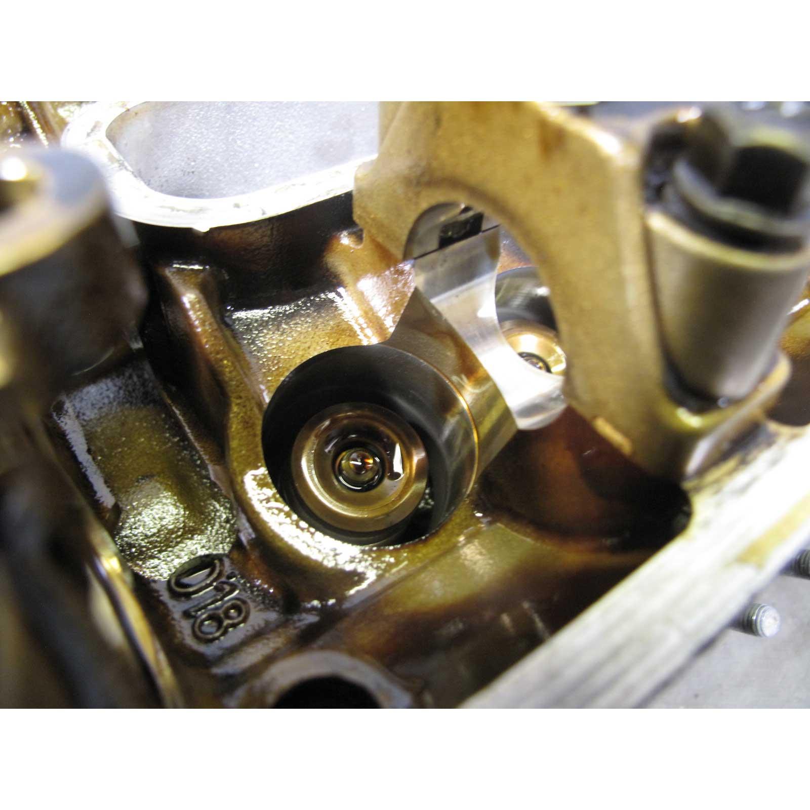 BMW S62 5.0L M5 Z8 Engine Right Bank 1 Cylinder Head Cyls